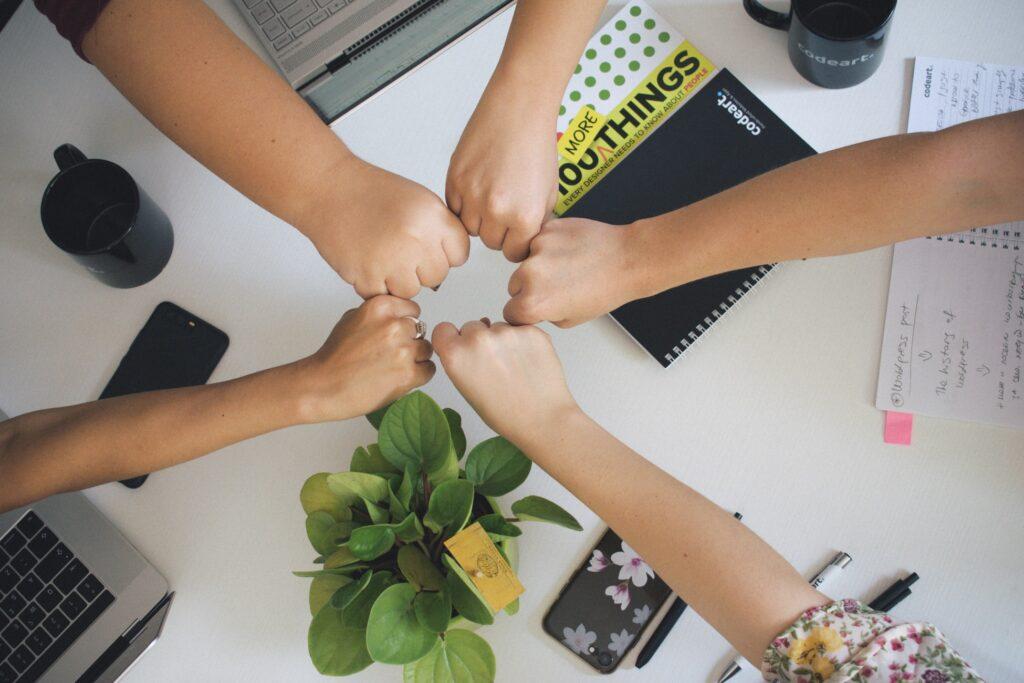 שיתופי פעולה בקהילות: עם מי? ולמה אני צריך את זה?